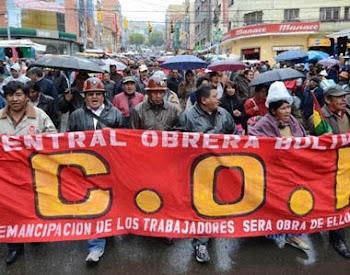 también en Potosí. de manera compacta marcharon los trabajadores de la COD