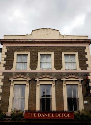 the clarence tavern pub daniel defoe stoke newington