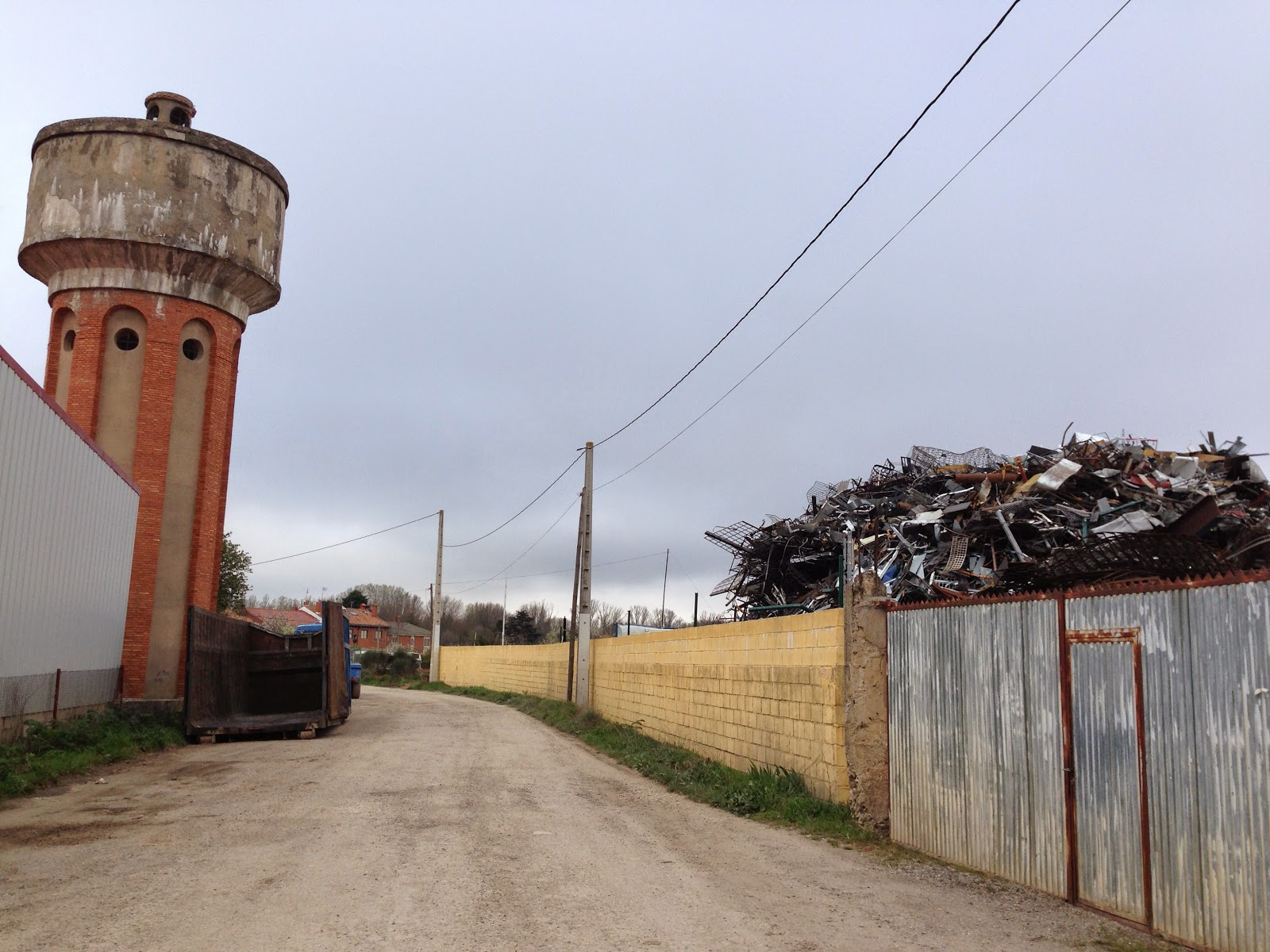 Through hazy eyes april 2014 unappealing entrance to castaares sciox Choice Image