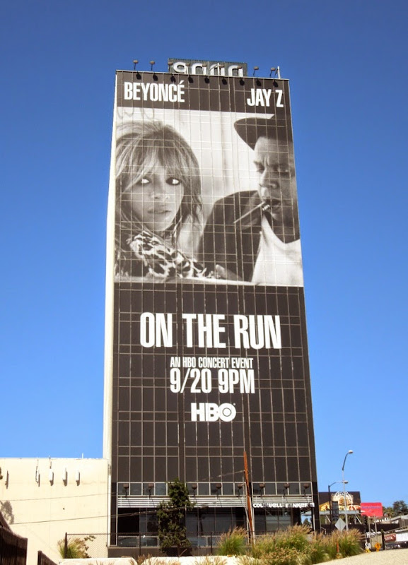 Giant Beyoncé Jay Z On The Run HBO concert billboard