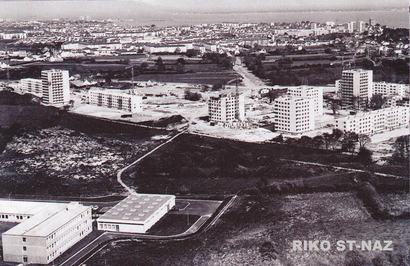 Saint nazaire reconstruction d 39 une ville st nazaire for Construction piscine nantes