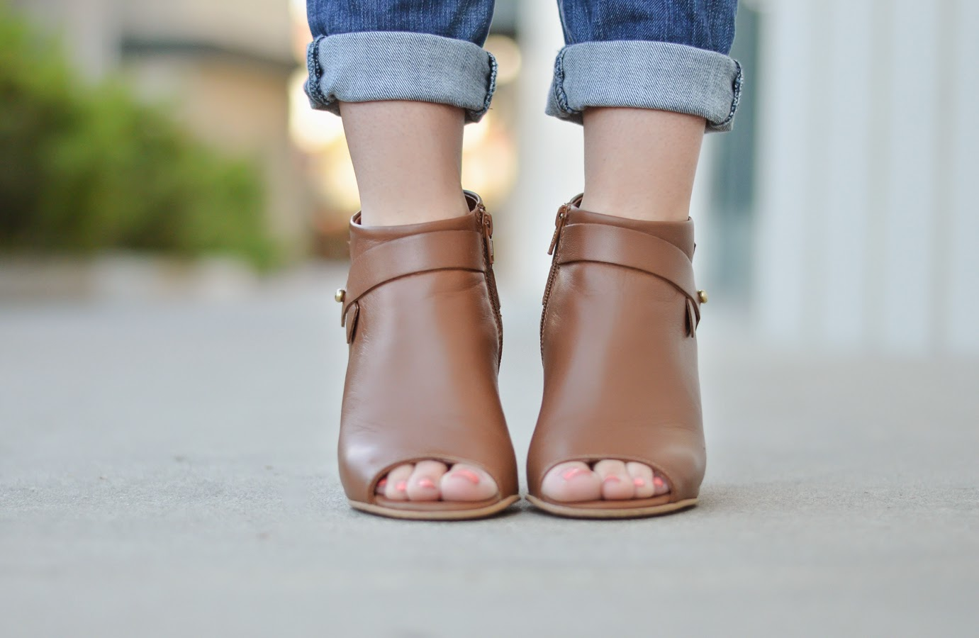 Steve Madden Peep Toe Booties via @lucismorsels
