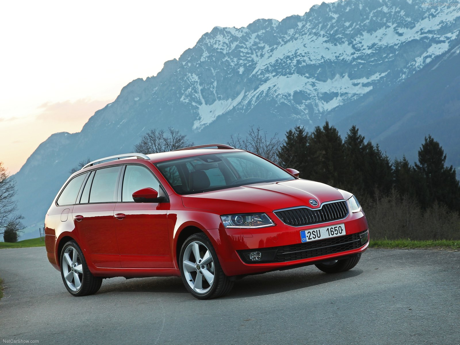 2014 skoda octavia combi review spec release date picture. Black Bedroom Furniture Sets. Home Design Ideas