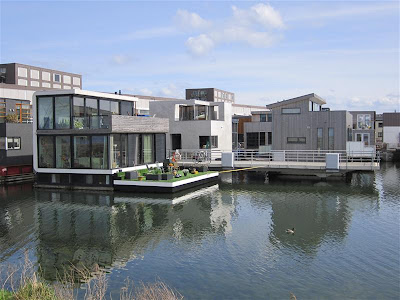 Casas flotantes en Steigereiland (Amsterdam)