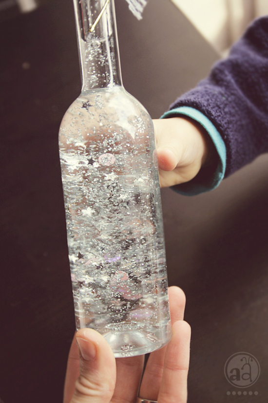 make a magic bottle - a tutorial | artsy ants