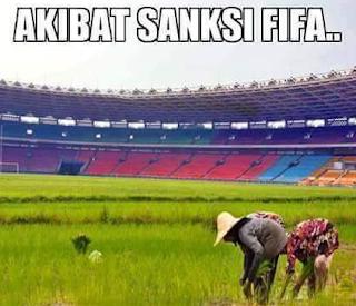 Persipura bubar akibat sanksi FIFA Meme lucu Sanksi FIFA pun mulai tersebar