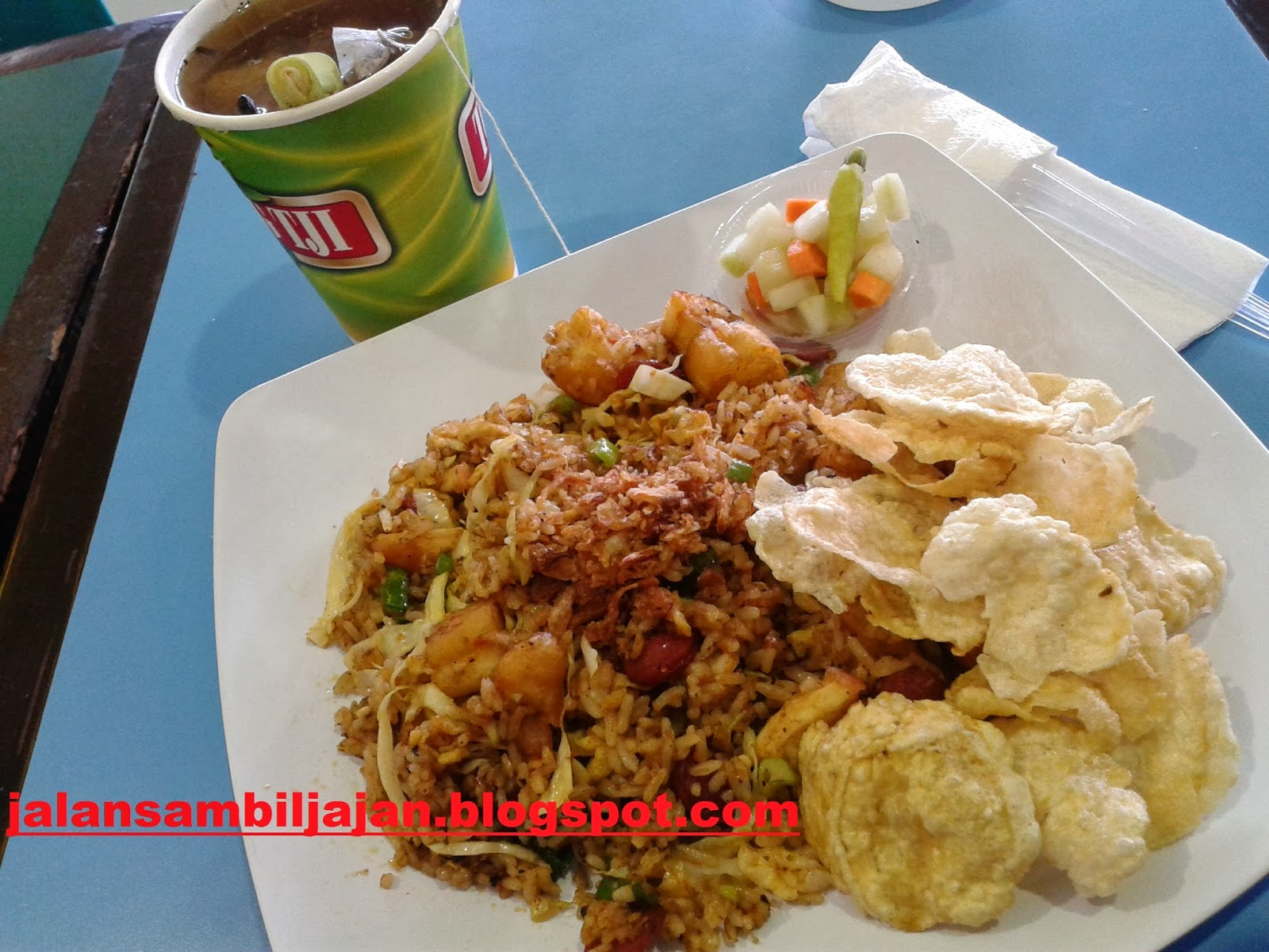 Nasi Gila Tong Tji Teabar