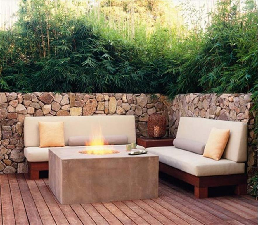 Modern patio furniture for Outdoor deck furniture ideas
