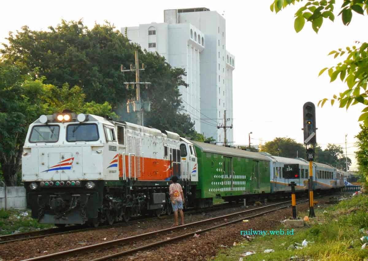 kereta api bima cc206