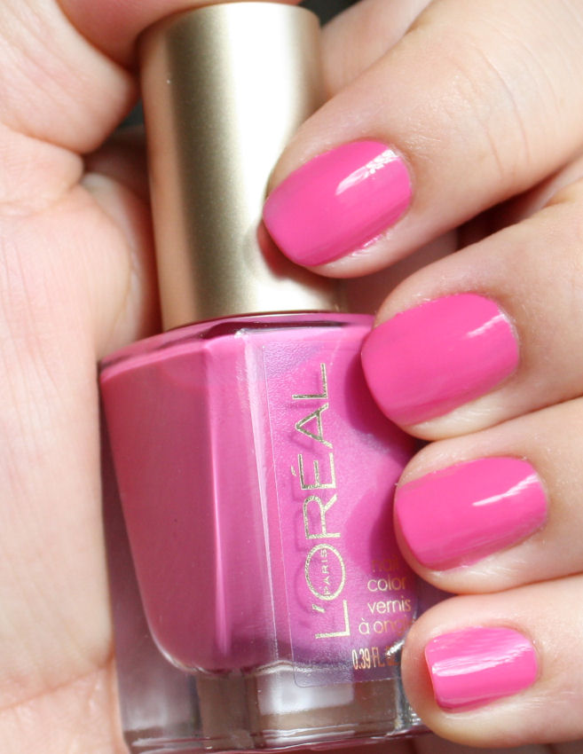 Pondering Beauty: L\'Oreal Colour Riche Nail Colour in Pink Me Up
