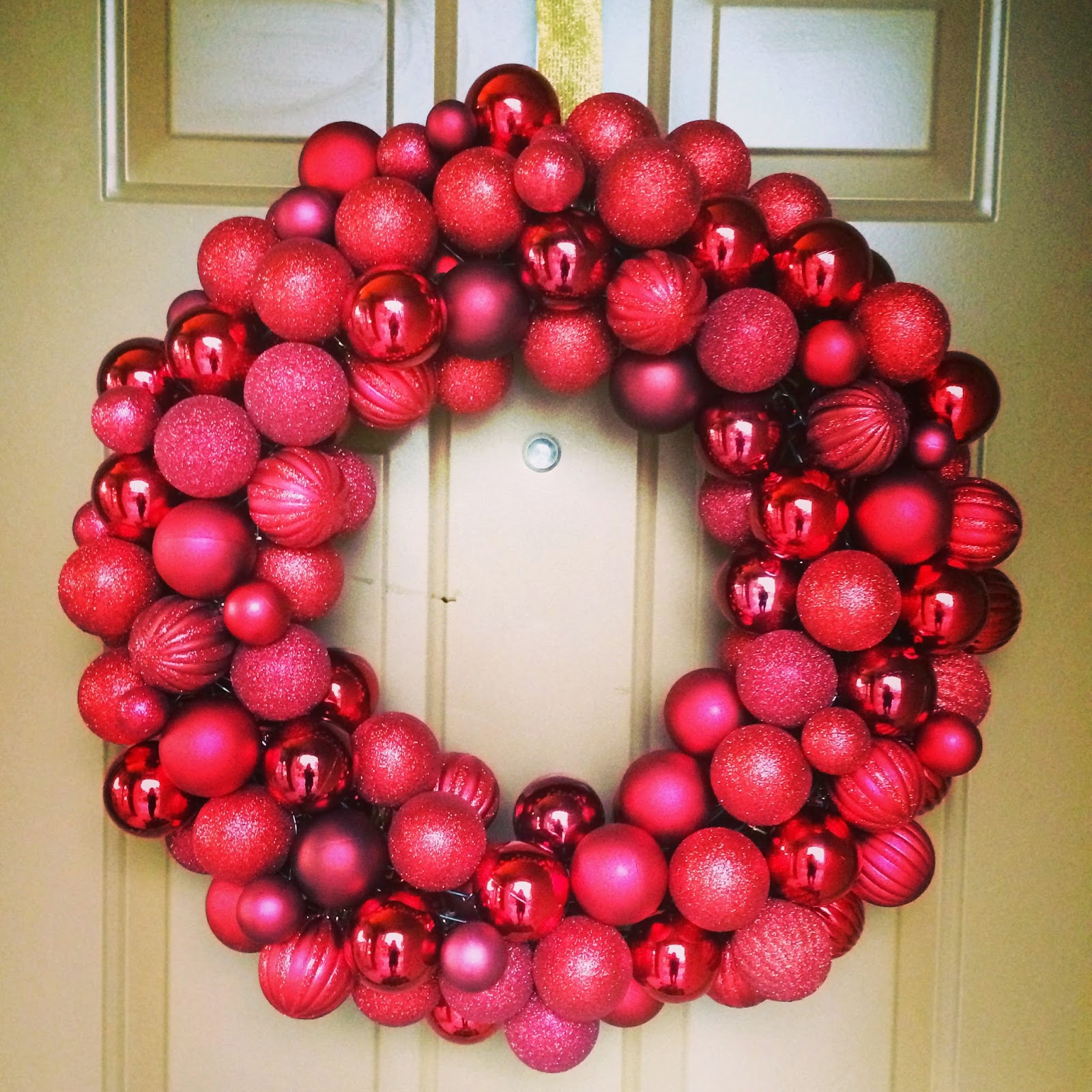 Lisa loves john 2014 most ornament wreaths use a hot glue gun to glue bulbsornaments to a styrofoam wreath frame i love the way they look but i was a little bit concerned solutioingenieria Choice Image
