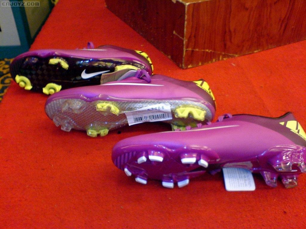 Sport Center Information: Teknologi Nike Mercurial Vapor ...