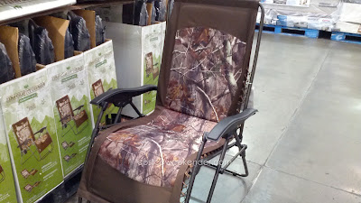 Use the Timber Ridge Zero Gravity Lounger Chair Camouflage to enjoy being outside in your patio or backyard