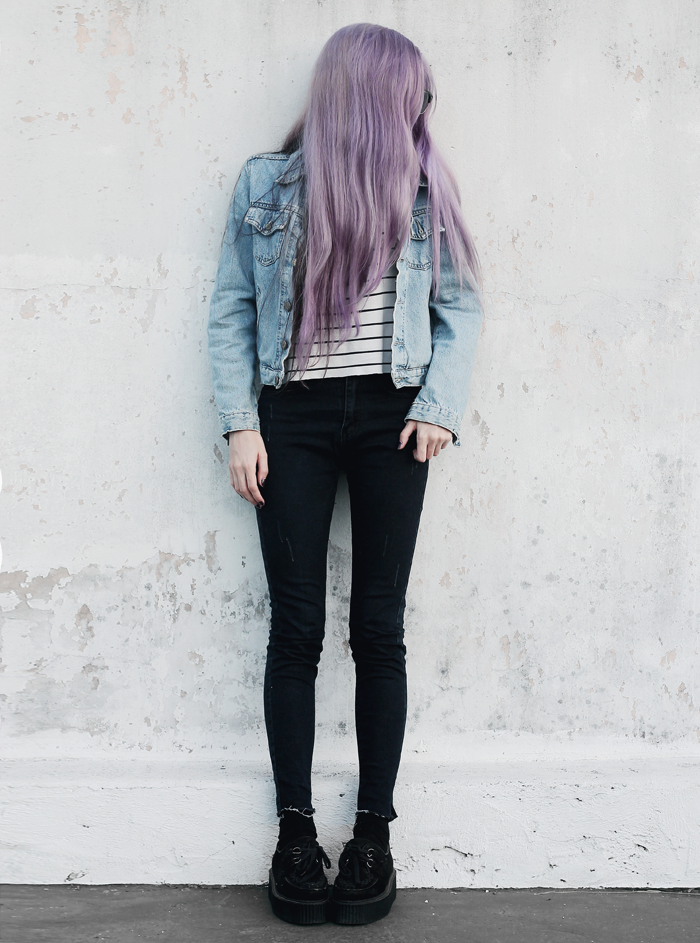 Stripes-Denim-Outfit-Lilac-Hair-4