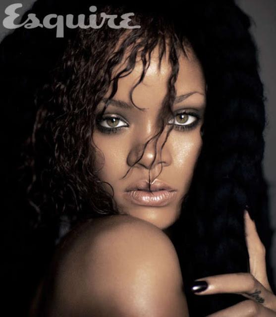 Rihanna –topless 2011
