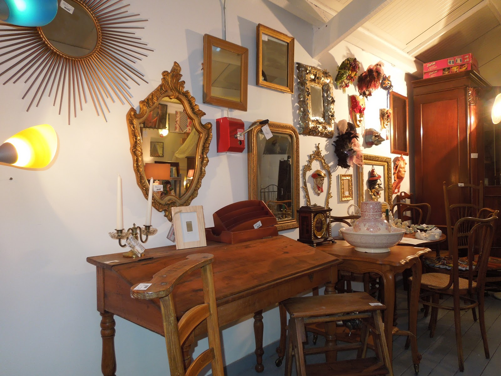 d p t vente honfleur le grenier de honfleur visite l 39 tage du grenier de honfleur. Black Bedroom Furniture Sets. Home Design Ideas
