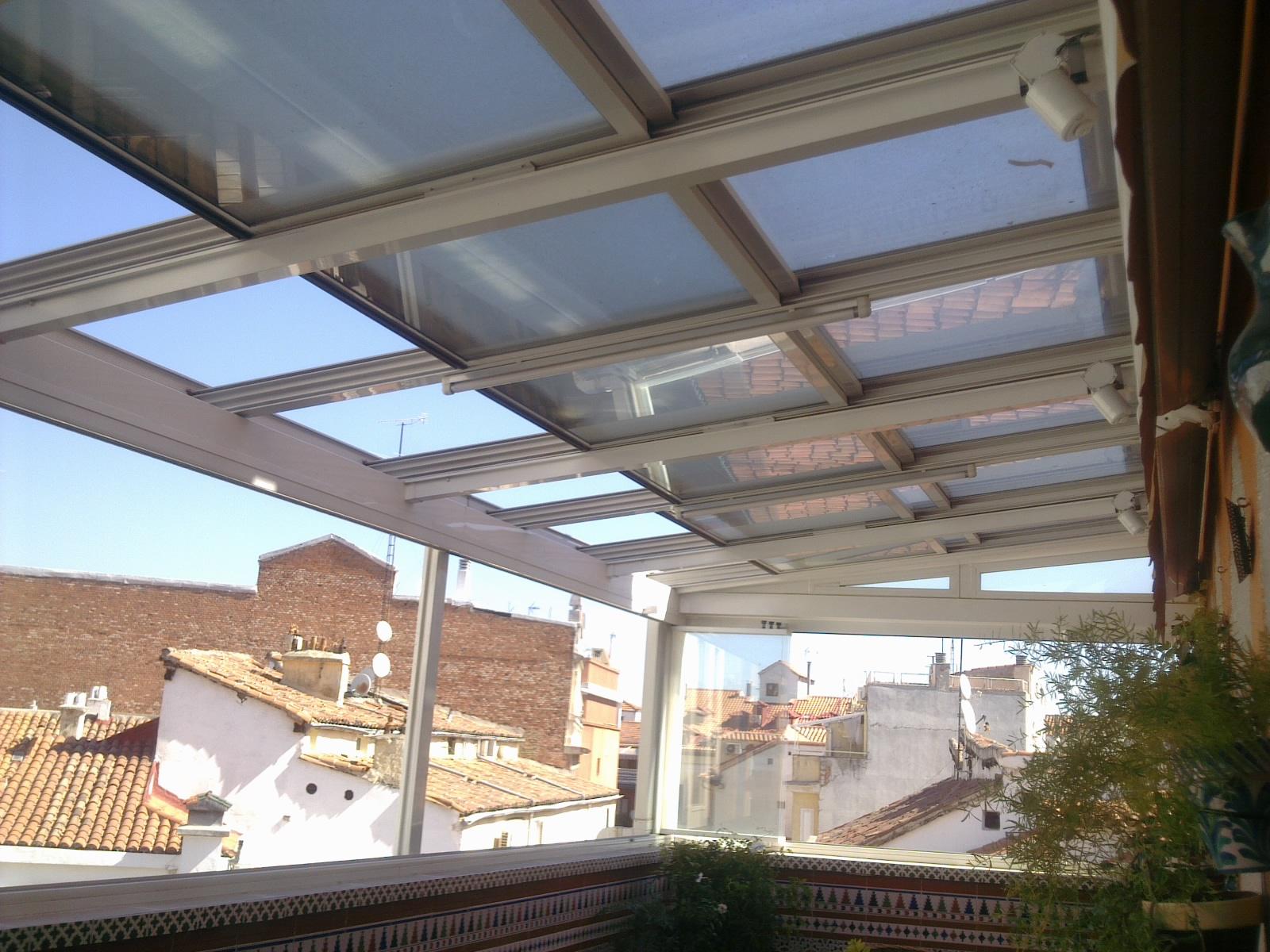 Disenamos la cubierta de su piscina fabricamos e - Cubiertas de cristal para terrazas ...