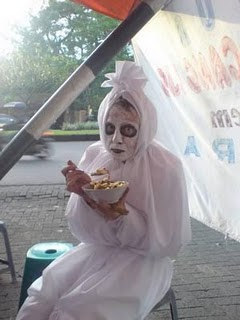 hantu pocong | Photo hantu pocong | photo pocong lucu