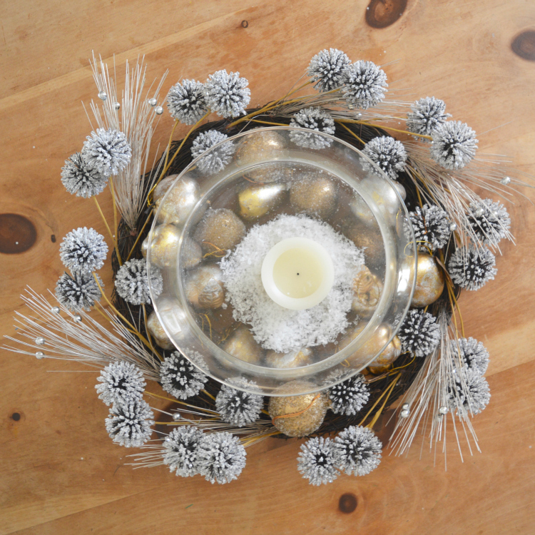 Simple Winter Table Decorations Via A Blissful Nest By Cheers Yu0027all.  Christmas Decorations
