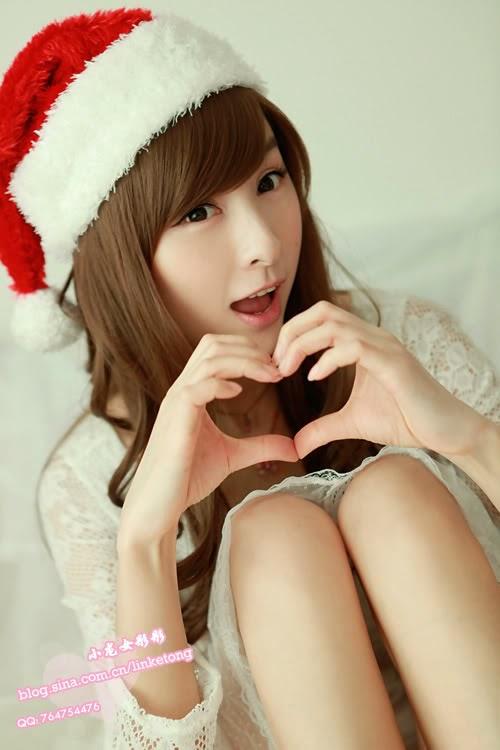 juliet lin sexy santa clause pics 04