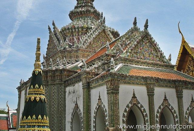 Phra-Sawet-Kudakhan-Wihan-Yot