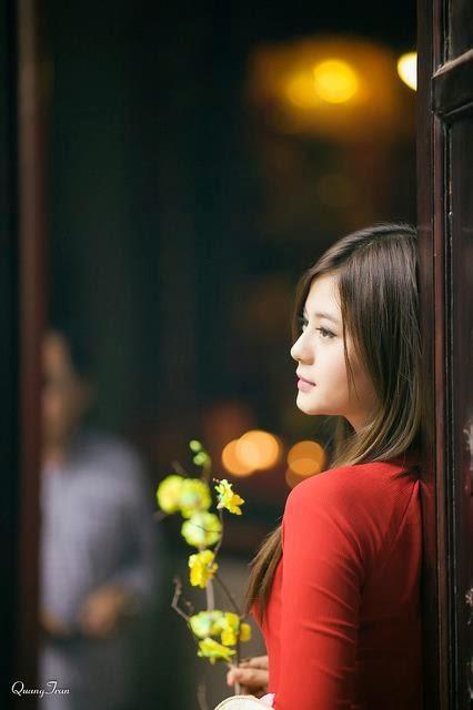 Hotgirl Châu Dương đi lễ chùa đầu năm 8