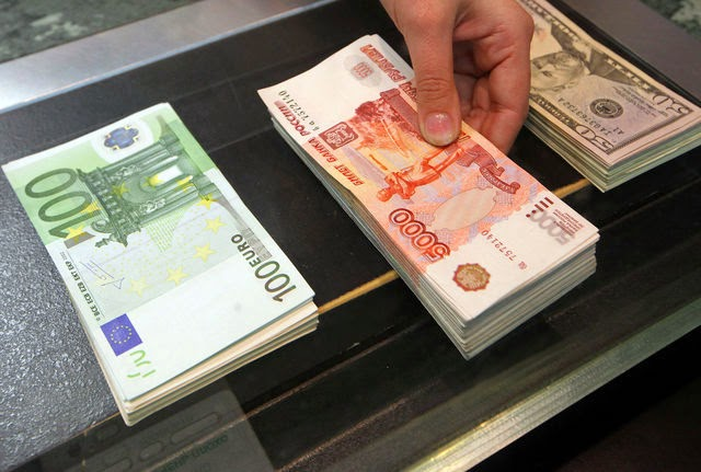 "Russia Holds ""De-Dollarization Meeting"": China, Iran Willing To Drop USD From Bilateral Trade"