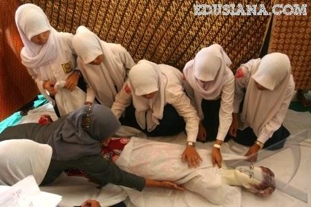 Serat Jawa Bab Jinajah 'Menerangkan Tata Cara Meperlakukan Jenazah Dalam Ajaran Islam di Jawa