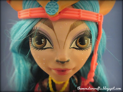 Isi Dawndancer Monster High review