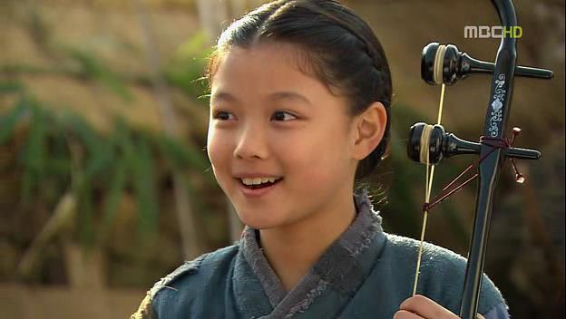 Little Dong Yi in Jewel in the crown (Abitha Diyani)!!!