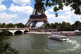 THE SEINE RIVER -PARIS
