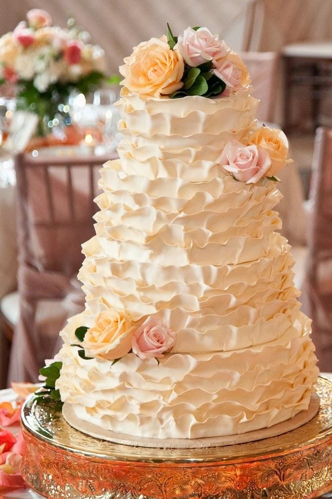 Bride-In-Dream: Ruffled Wedding Cakes Designs Ruffled Designs