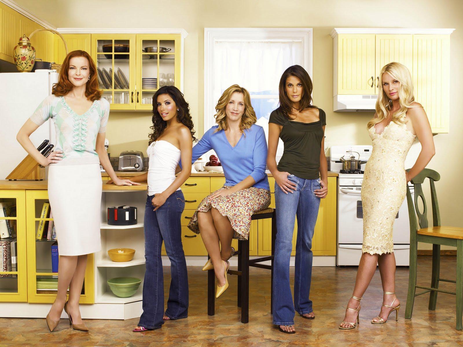 http://1.bp.blogspot.com/-lM6EXXQQwgc/TkADMmUDfFI/AAAAAAAAAl8/iFvYG6Tf_1s/s1600/desperate-housewives-desperate-housewives-6026228-2560-1920.jpg