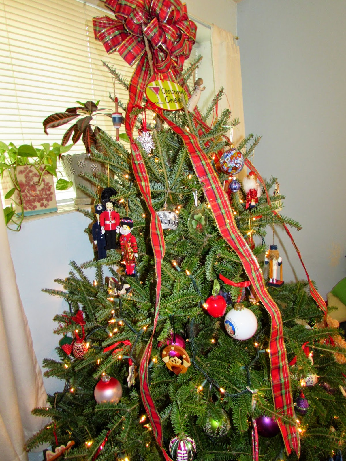 Jodi Bean\'s Blog: 7 Steps For Decorating The Perfect Christmas Tree