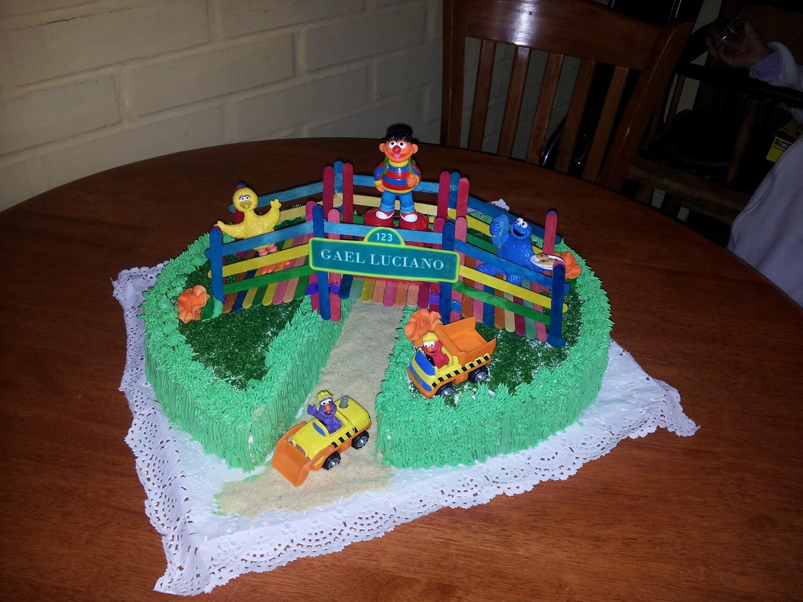 Servicio de Cóctel y Repostería: Torta y cupcakes temáticos Plaza ...