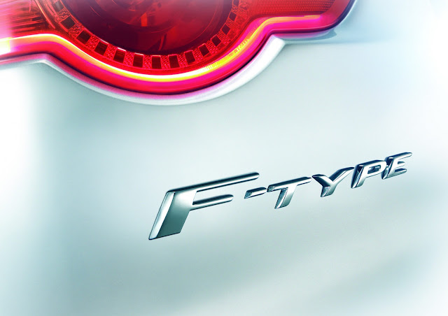 NEW-JAGUAR-F-TYPE-2014-Paris-Motor-show