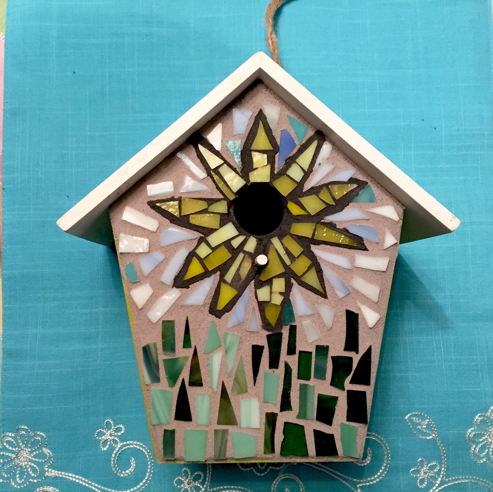 MOSAIC BIRD HOUSE WORKSHOP