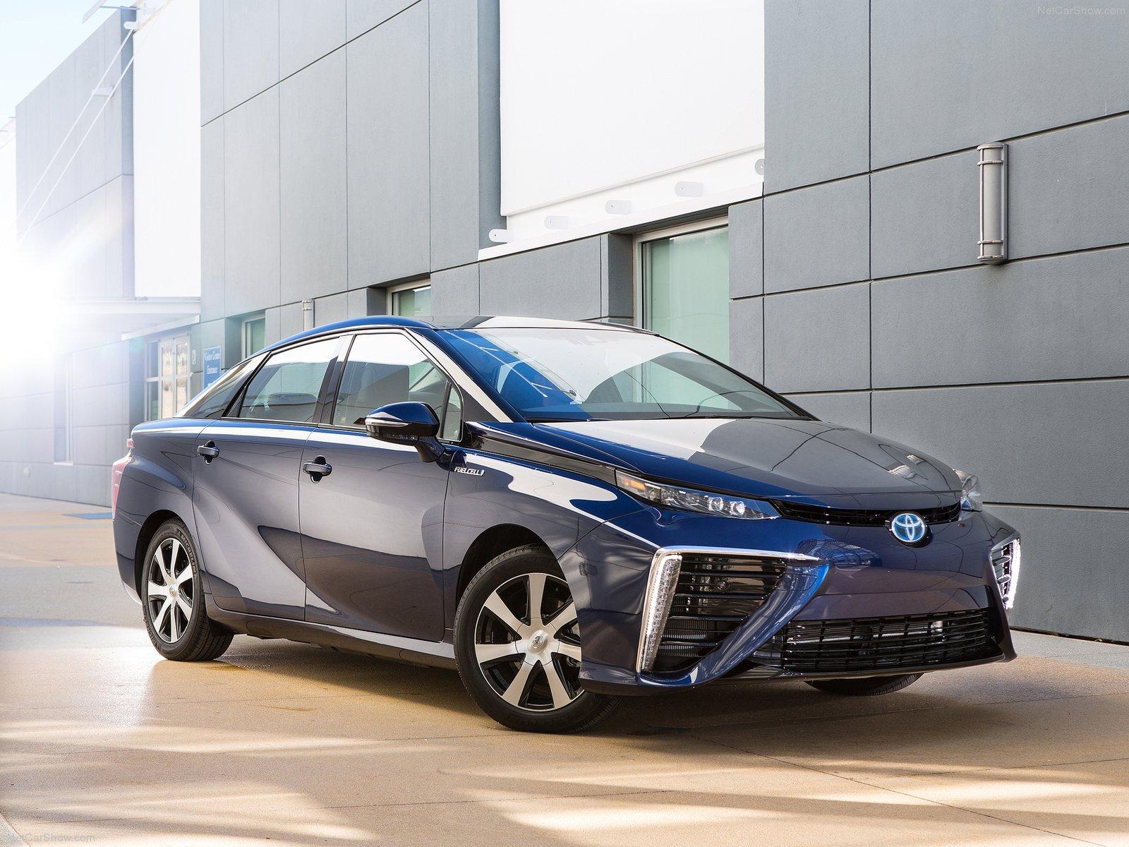 Toyota Mirai 2016 - Cuộc cách mạng tuyệt vời của năng lượng tái tạo của Toyota