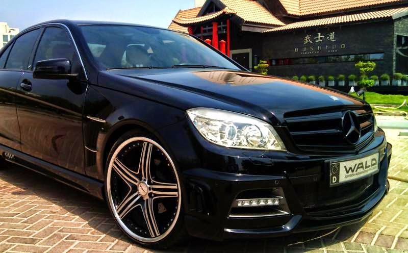 Mercedes benz w204 c class wald body kit benztuning for Mercedes benz c300 body kit