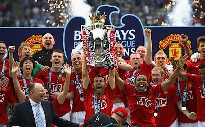 Manchester United (MU) Juara Liga Inggris 2011