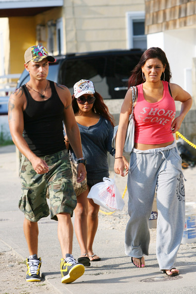"Snooki, Jwoww And Pauly D Score ""Jersey Shore"" Spinoffs"