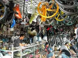 Contoh Bisnis Sukses Usaha Aksesoris Sepeda Motor