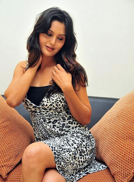 gauri sharma shoot hot images