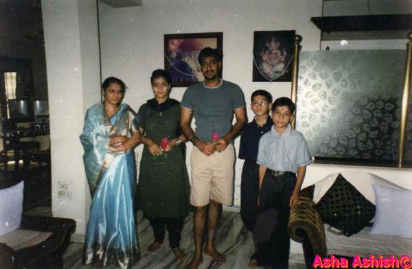 Anurag Kashyap Asha Ashish: 2011-04-2...