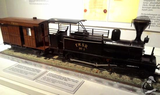 Koc Keretapi Pertama Malaya - Port Weld ke Taiping