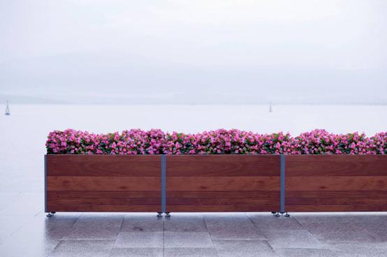 Base paisajismo jardineras de urbes 21 for Bases para jardineras