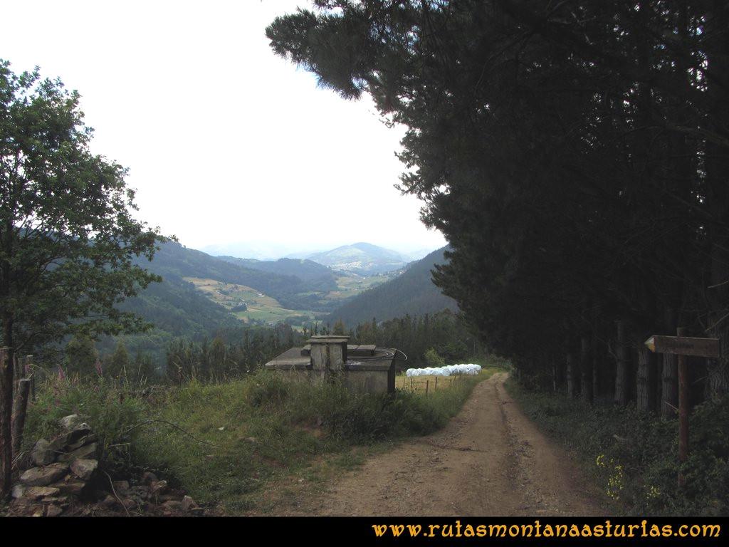 Ruta Hoces del Esva: Depósito de aguas de Calleras