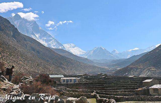 Lhotse-Island-Peak-Chukhung