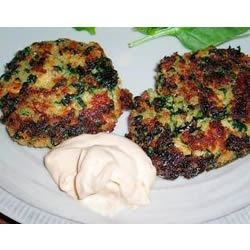 ... zucchini fennel slaw salmon cakes with tarragon chive dipping sauce