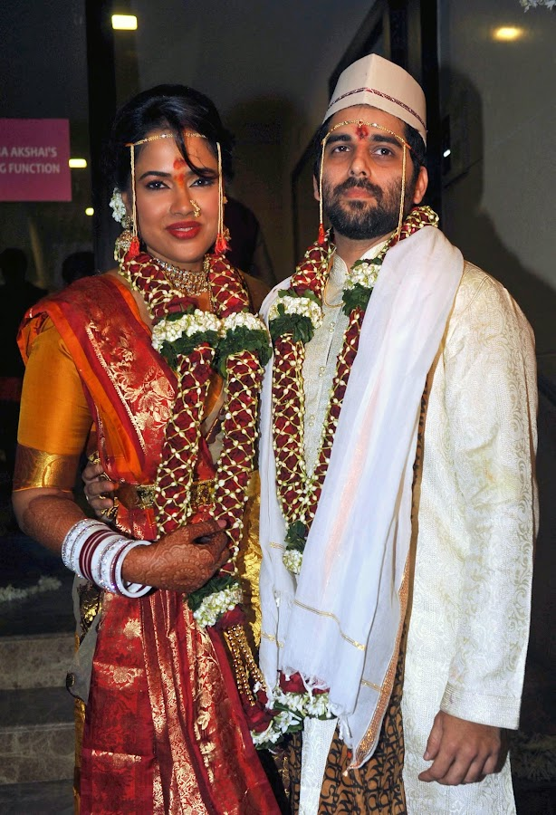 Sameera Reddy Akshai Varde wedding